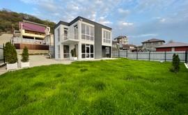 Фото 1: Дом 134.3 м² на участке 4.3 сот. - Рост Недвижимость
