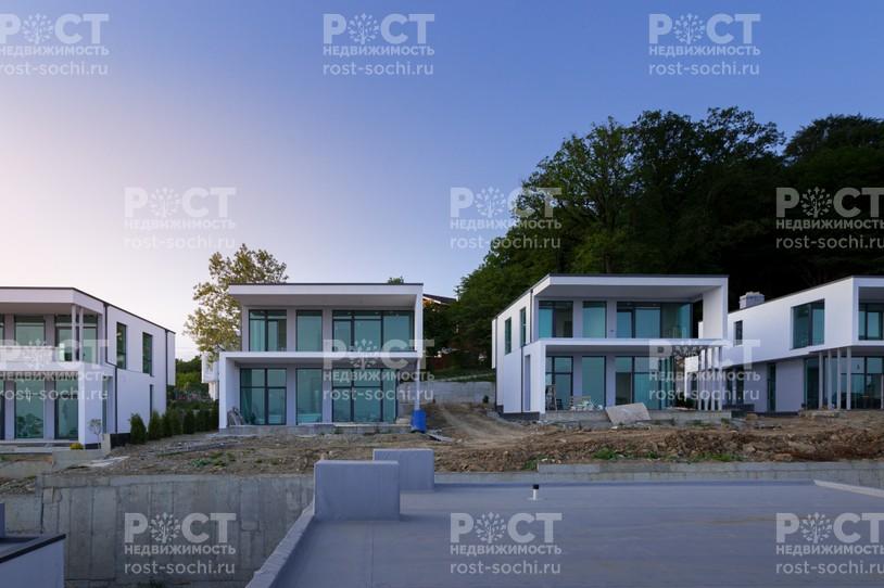 Фото 1: Дом 269.3 м² на участке 5 сот. - Рост Недвижимость