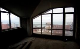 Фото 1: Студия комн. квартира, 69.8 м², 5/5 эт. - Рост Недвижимость