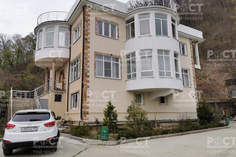 Фото 1: Дом 530 м² на участке 8.7 сот. - Рост Недвижимость